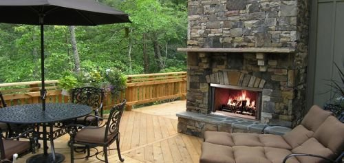 42″ Outdoor Montana SS Wood-Burning Fireplace w/Traditional Refractory